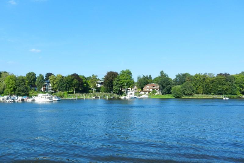 Mit dem Hausboot durch das Havelland
