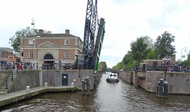 Hebebrücke in Amsterdam