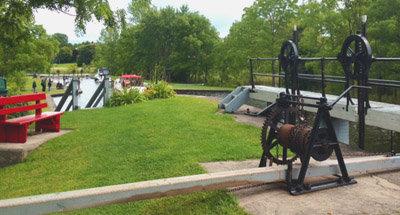 Schleuse bedienen am Rideau Canal