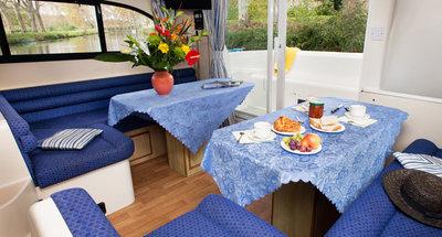 Salon des Hausbootes Elegance von Le Boat