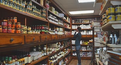 Kilborn's Geschäft in Newboro am Rideau Canal