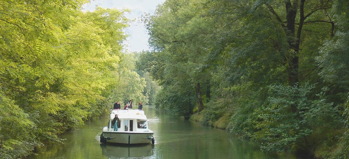 Anlegen mit dem Le Boat Boot