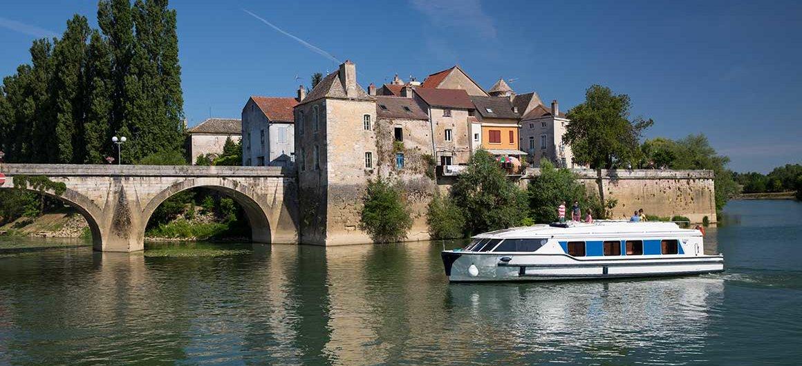 Hausboot Vision in Verdun-sur-le-Doubs, Burgund, Frankreich