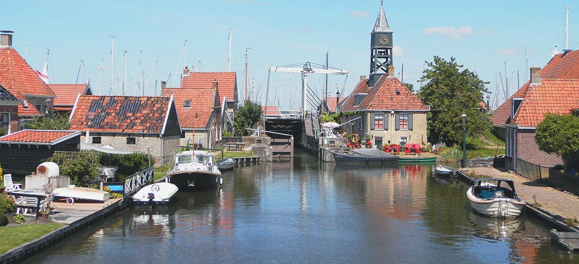 Schleuse in Hindeloopen, Niederlande