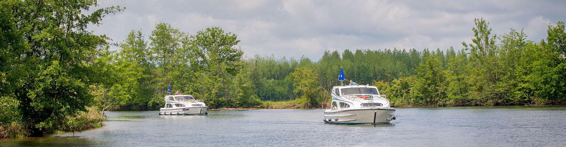 Naturliebhaber mit Le Boat