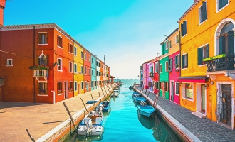 Colourful houses of Burano